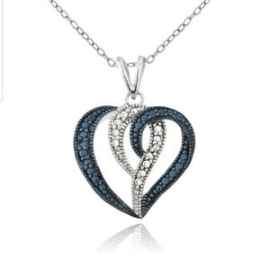 Jewelry - New blue & white diamond accent heart necklace